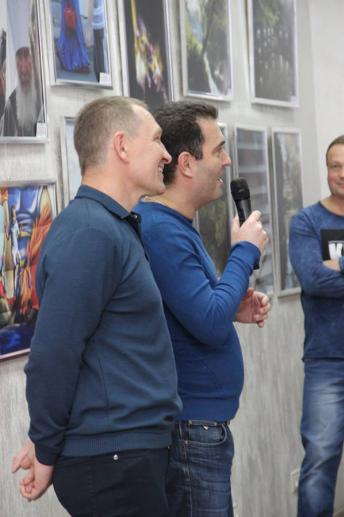 """Бизнес-клуб """"Империал"""": «А жизнь прекрасна»  Творческий вечер фотохудожника Федора Голубкова с выставкой « Мир вокруг меня»"""
