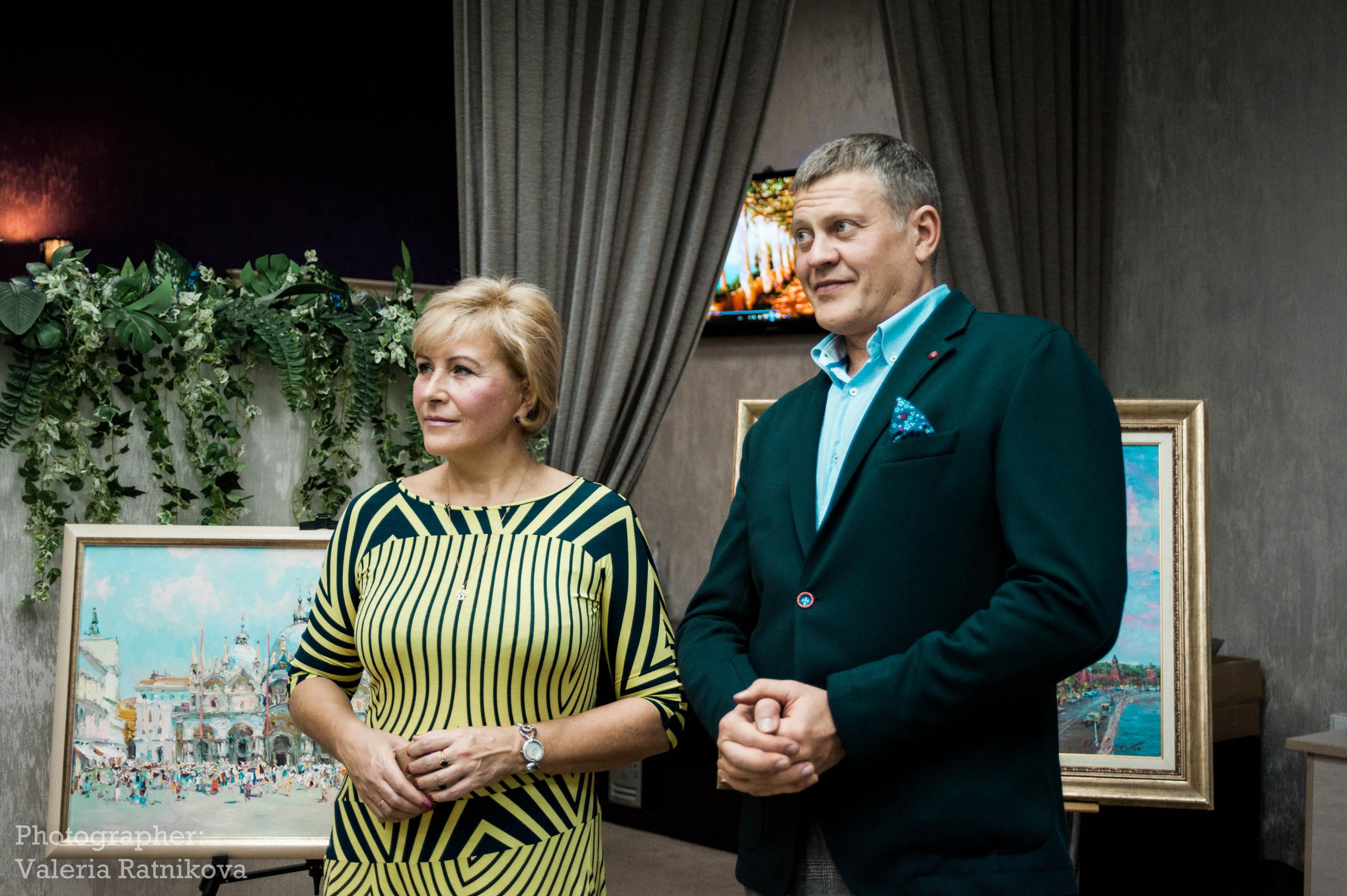 """Бизнес-клуб """"Империал"""": Творческий вечер художников Сидоренко"""